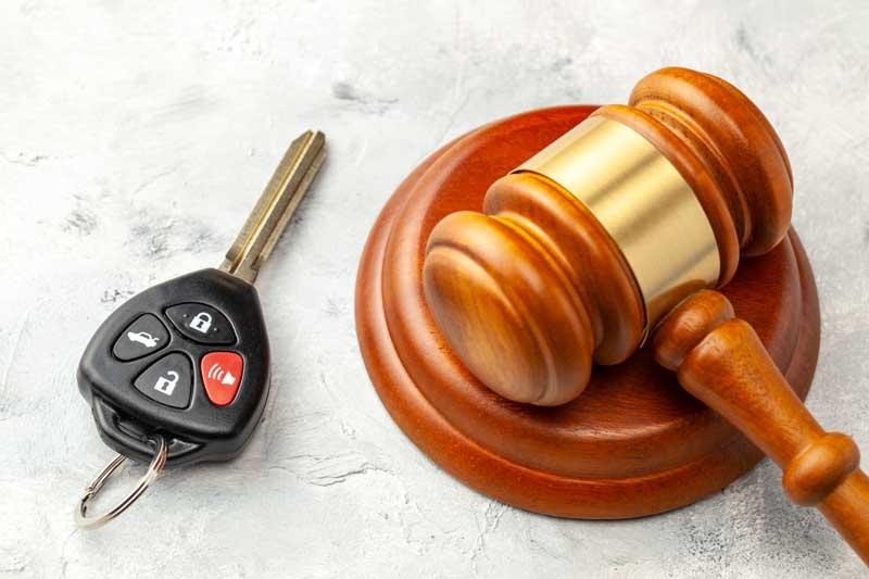 מה חמור יותר? נהיגה בשכרות או נהיגה תחת השפעת סמים?